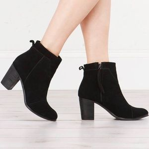 Toms | Lunata Black Suede Ankle Booties